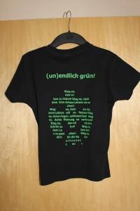 unendlich Girlie-Shirt Größe: S vorne schwarz, hinten bedruckt Preis: 2€